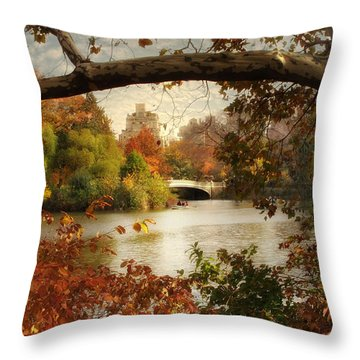Peak Autumn In Central Park Throw Pillow