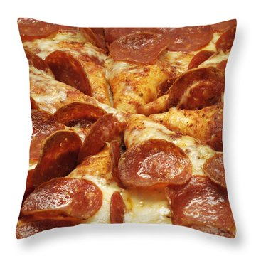 Pepperoni Pizza 1 Throw Pillow