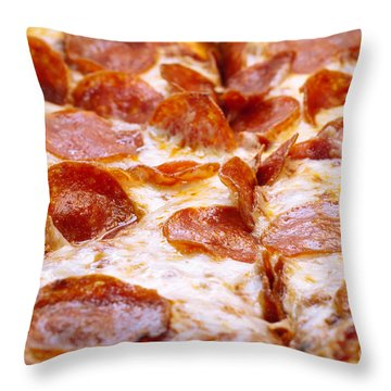 Pepperoni Pizza 1 - Pizzeria - Pizza Shoppe Throw Pillow