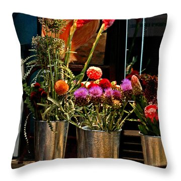 Phlower Vases Throw Pillow