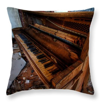 Piano Lessons Throw Pillow