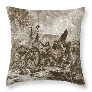 Picketts Charge At Gettysburg Throw Pillow