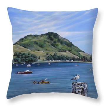Throw Pillow featuring the painting Pilot Bay Mt M 291209 by Sylvia Kula