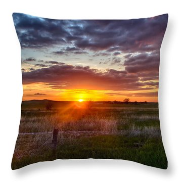 Plains Sunset Throw Pillow