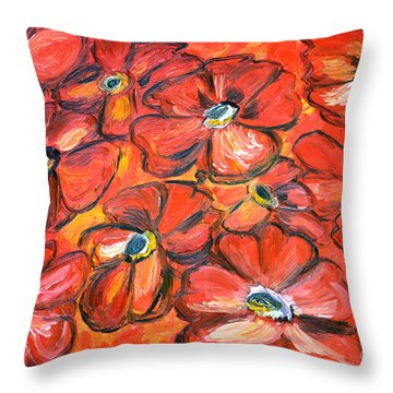 Plaisir Rouge Throw Pillow