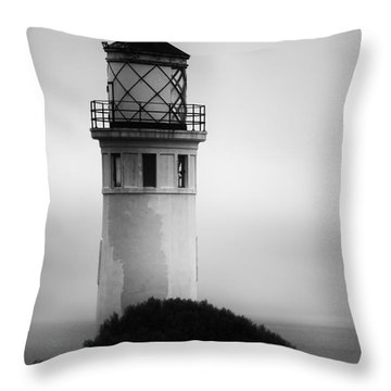 Pointe Vincente Lighthouse Throw Pillow