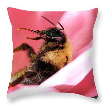 'pollen High' Throw Pillow