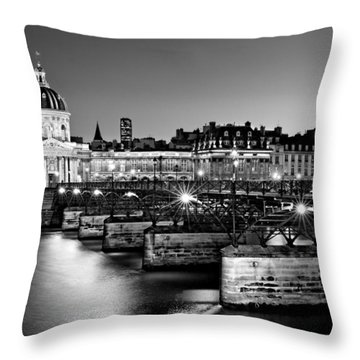 Pont Des Arts And Institut De France / Paris Throw Pillow