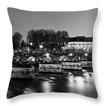 Pont Des Arts At Night / Paris Throw Pillow