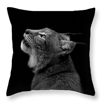 Portrait Of Lynx In Black And White Throw Pillow
