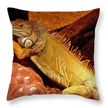 Posing Iguana And Friend Throw Pillow