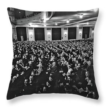 Post Opera - December 1927, The Newly Throw Pillow