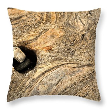 Pothole And Stone Pemaquid Point Maine Throw Pillow