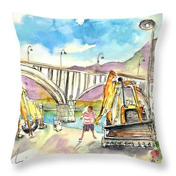 Preparations For The Powerboats World Championship In Barca De Alva In Portugal Throw Pillow