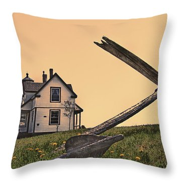 Throw Pillow featuring the photograph Prospect Harbor Light by Richard Bean
