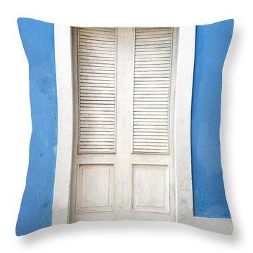 Puerta En El Viejo San Juan Throw Pillow
