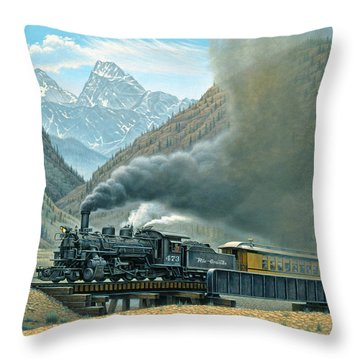 Grande Throw Pillows