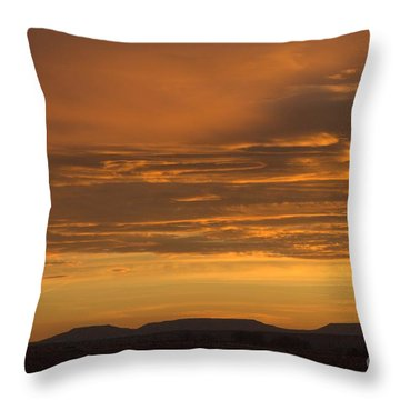 Pumpkin Buttes At Sunrise Throw Pillow
