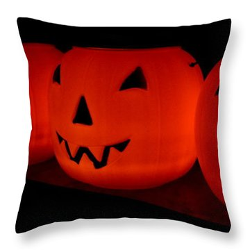 Pumpkins Lined Up Throw Pillow