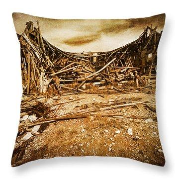 Quartz Mountain 9 Throw Pillow
