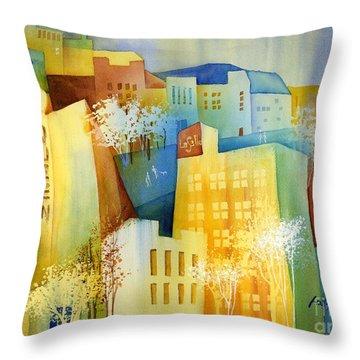 Queen And La Salle Throw Pillow