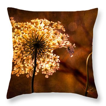 Queen Annes Lace Vintage Throw Pillow