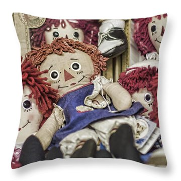 Raggedy Ann And Andy Throw Pillow