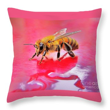 Rainy Day Bee Throw Pillow