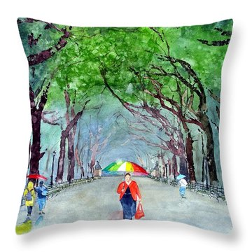Throw Pillow featuring the painting Rainy Day In Central Park by Tom Riggs