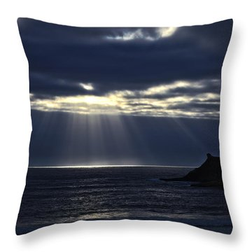 Rays Of Hope At Cape Kiwanda Oregon Throw Pillow