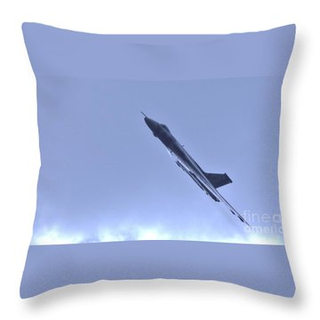 Throw Pillow featuring the photograph Reach For The Skys by John Williams