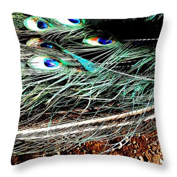 Throw Pillow featuring the photograph Realpeack by Vanessa Palomino