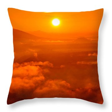 Red Dawn On The Lilienstein Throw Pillow