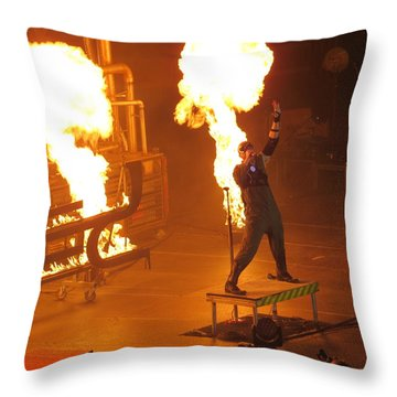 Red Heats Up Winterjam In Atlanta Throw Pillow