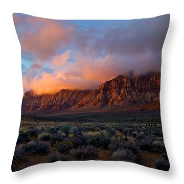 Red Rock Canyon National Conservation Area Las Vegas Throw Pillow