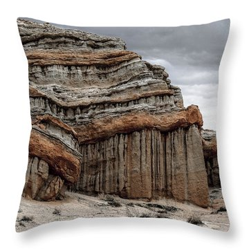 Red Rock Canyon - Three Throw Pillow
