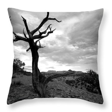 Red Rocks Dead Tree Throw Pillow