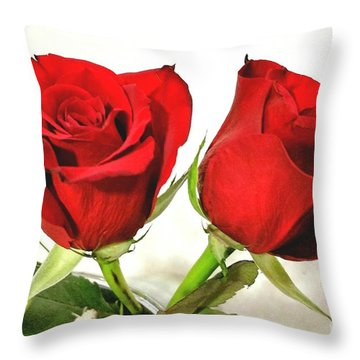 Red Roses 4 Throw Pillow