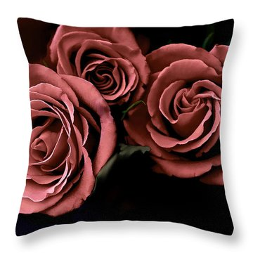 Red Roses Throw Pillow by Bonnie Willis