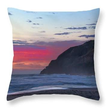 Red Sky At North Head Lighthouse Throw Pillow by Robert Bales