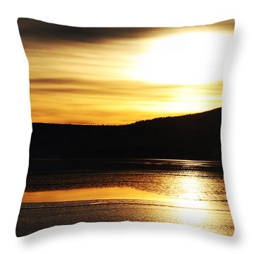 Reflection On Lake Klamath Throw Pillow