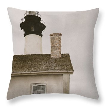 Reflections At Bodie Light Throw Pillow