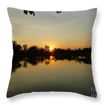 Reflections At Dusk Throw Pillow