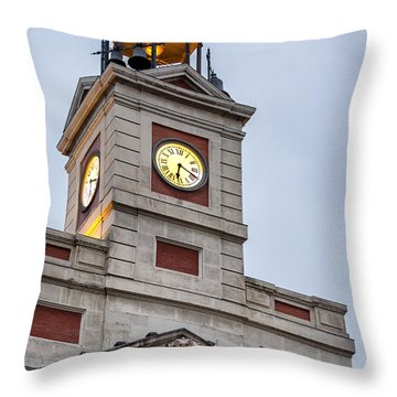 Reloj De Gobernacion 2 Throw Pillow