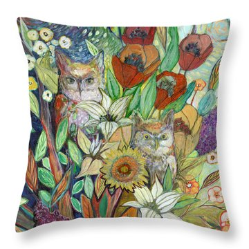 Returning Home To Roost Throw Pillow