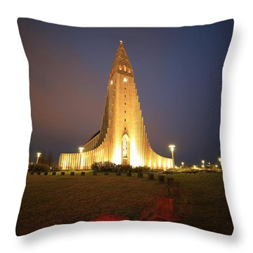 Reykjavik Throw Pillow by Mariusz Czajkowski