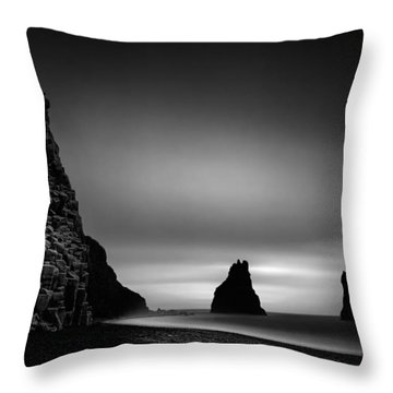 Reynisfjara Throw Pillow