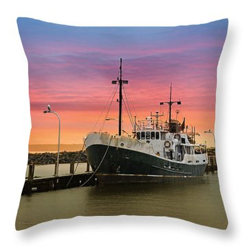 Rgb 0002 Throw Pillow by Kevin Chippindall