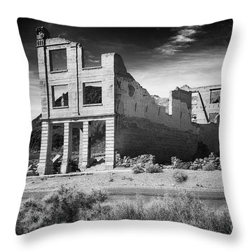 Rhyolite Bank In Death Valley Throw Pillow