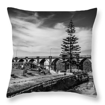 Ribeira Dos Moinhos Garden Throw Pillow